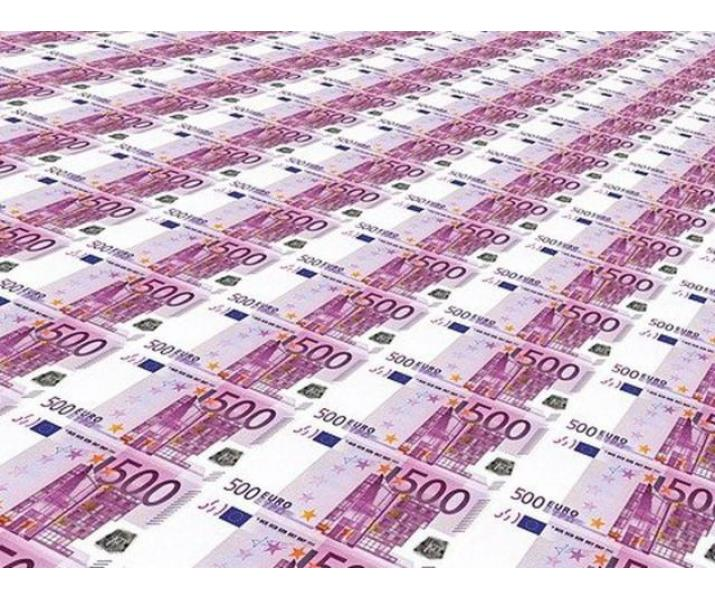 La noi, trimiterea unei cereri de împrumut este rapidă, ușoară și sigură.