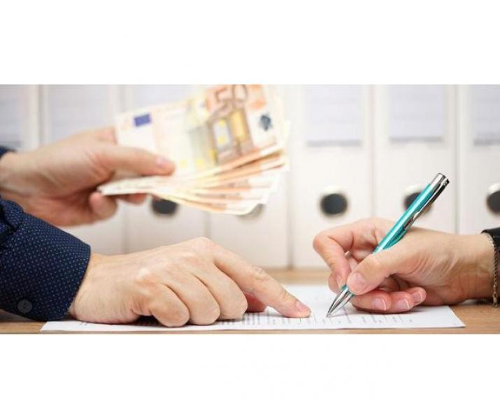 Finanțare și ofertă de împrumut între persoane fizice