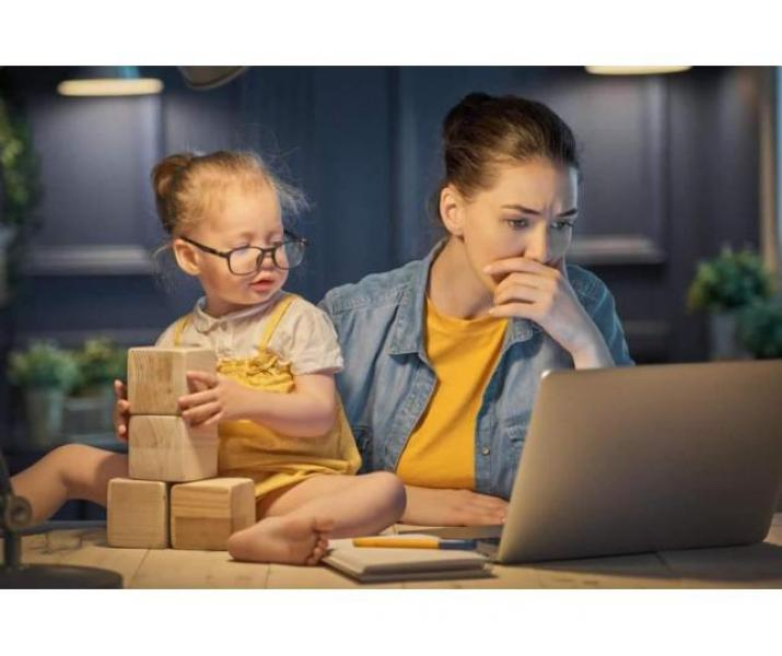 Cauti sa lucrezi si tu Online de acassa? Cauta-ne pe site sau la telefon
